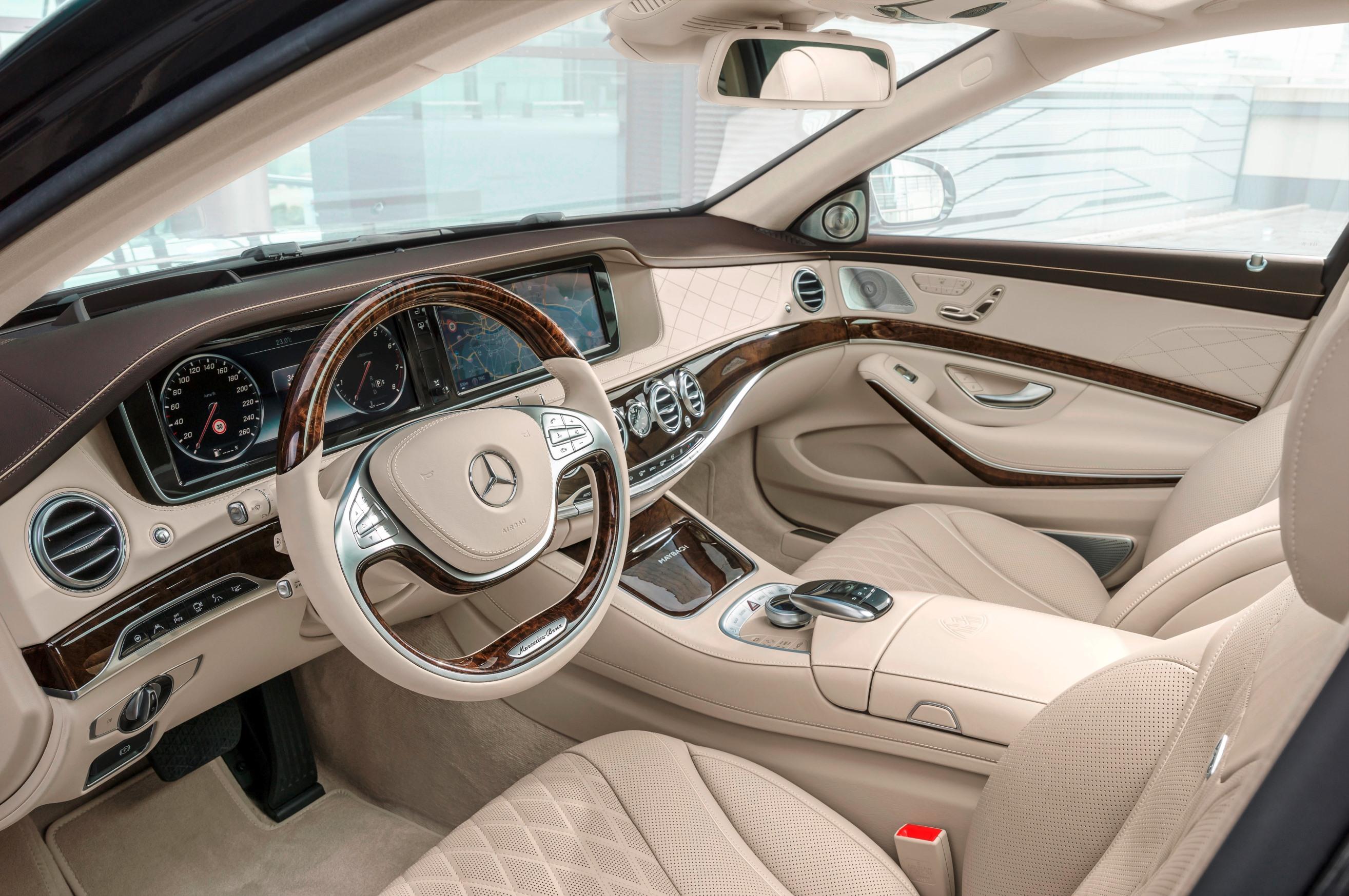 Mercedes-Maybach S 600 Şoför Alanı