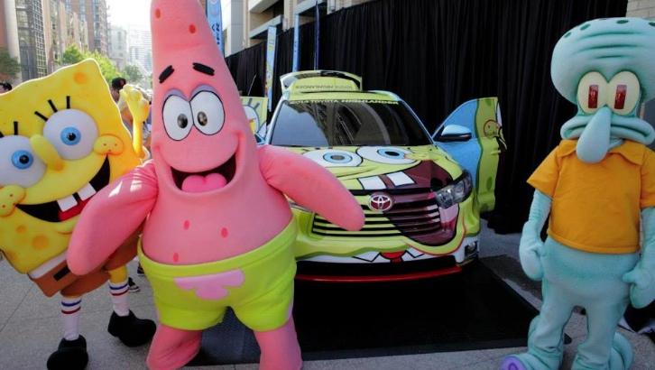 Toyota Highlander sünger bob patrick ve squidward ile