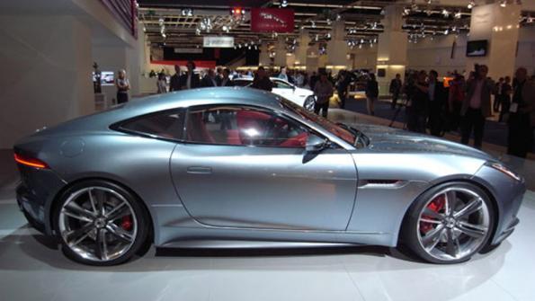 Jaguar F type coupe Frankfurt Otomobil Fuarı