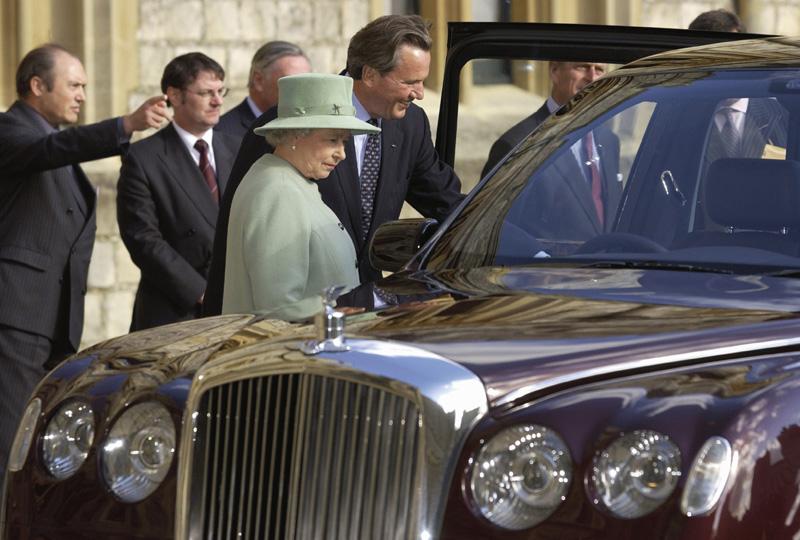 Kralice Elisabeth Bentley kişiselleştirilmiş