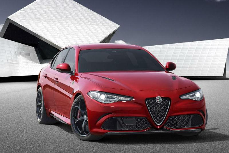 2015 Frankfurt Otomobil Fuarında tanıtılacak Alfa Romeo Giulia, BMW 3 Serisi'ne rakip olacak.