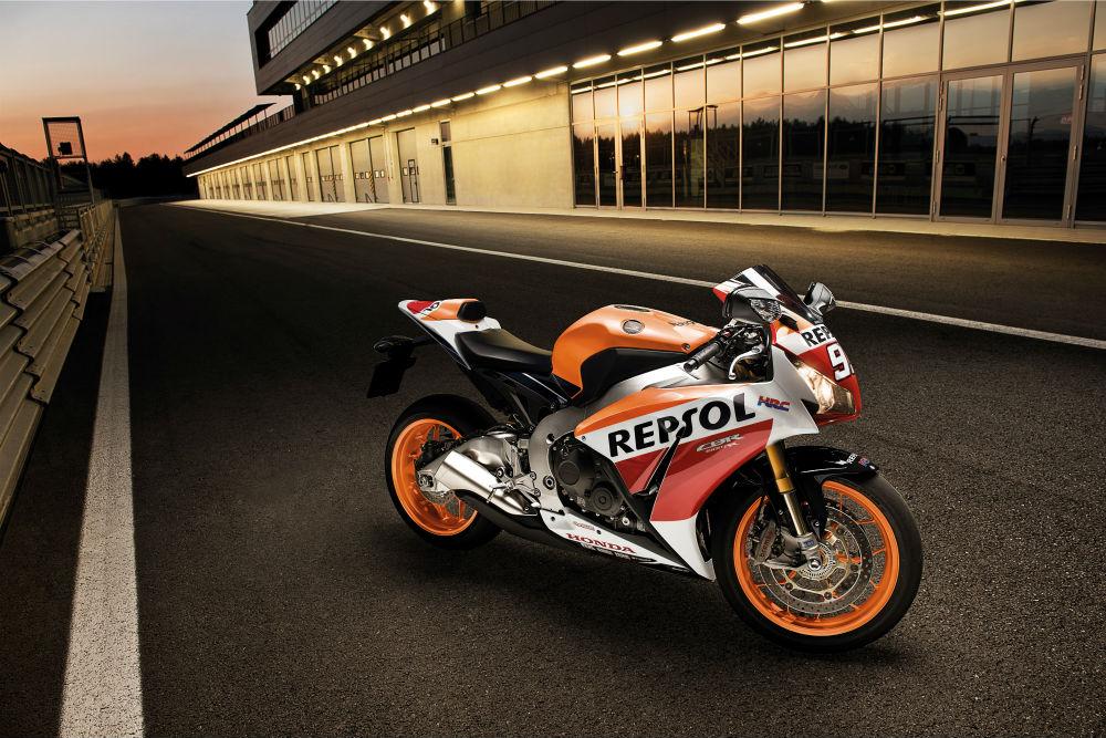 Honda CBR1000RR Fireblade motosiklet kampanyası eylül 2015