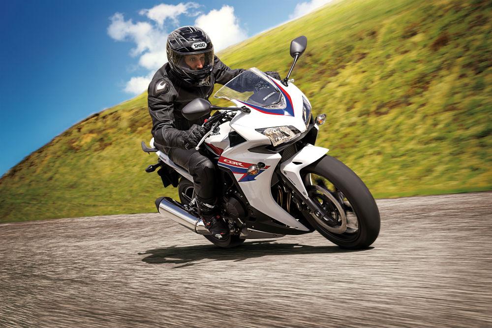 Honda CBR500R motosikletler Eylül 2015 boyunca indirimde