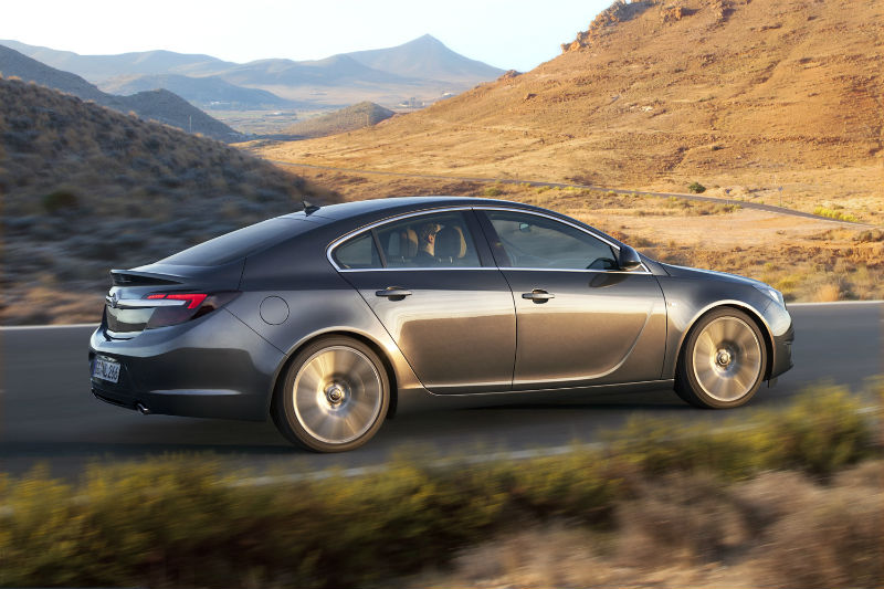 Yeni 1.6 dizel otomatik Opel Insignia