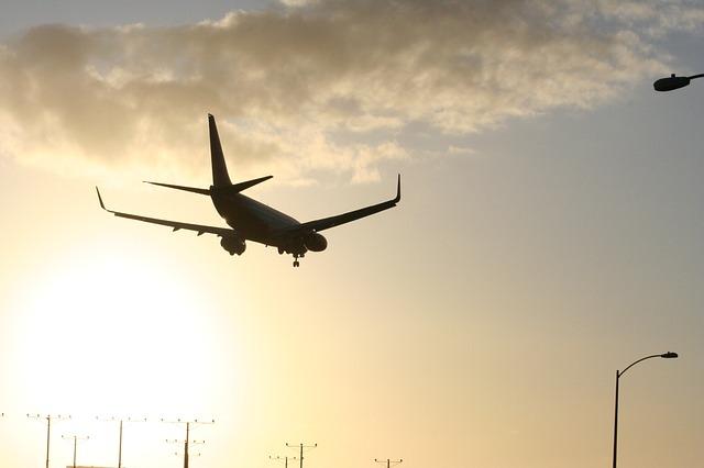 gidiş dönüş ucuz uçak bileti almak mantıklı mı