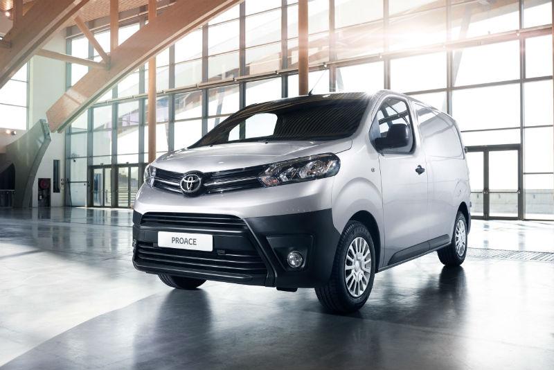 Toyota proace hafif ticari araç