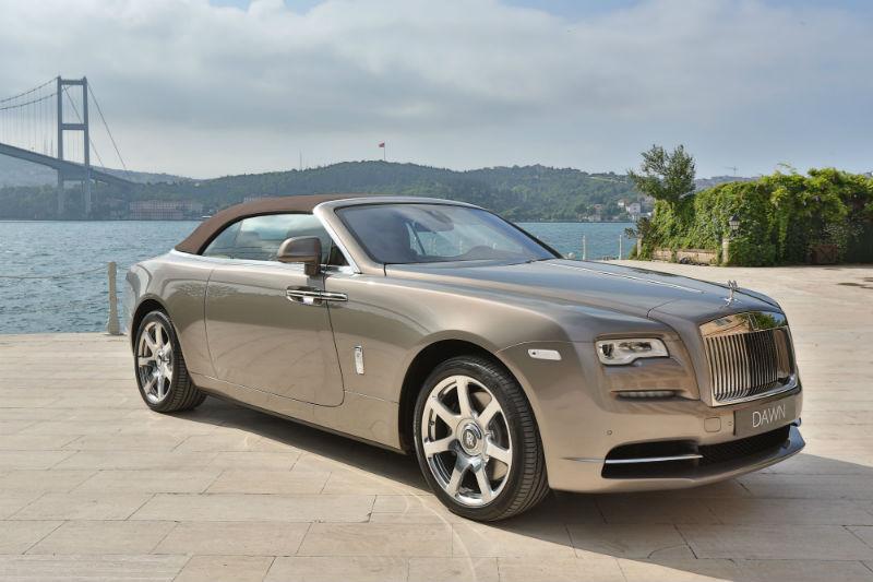 Rolls-Royce Dawn boğaza karşı