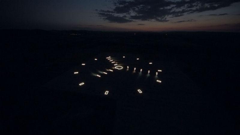Scania kamyon saat gece görüntüsü