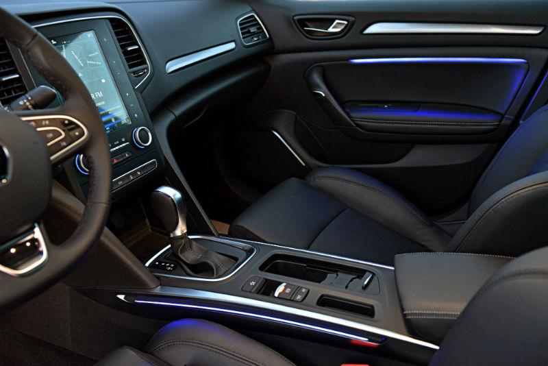 2017 renault megane sedan kabin
