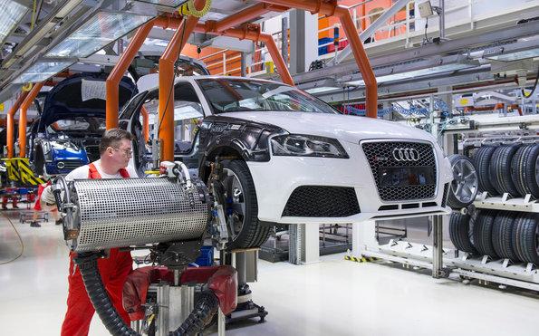 Audi Macaristan Fabrikası