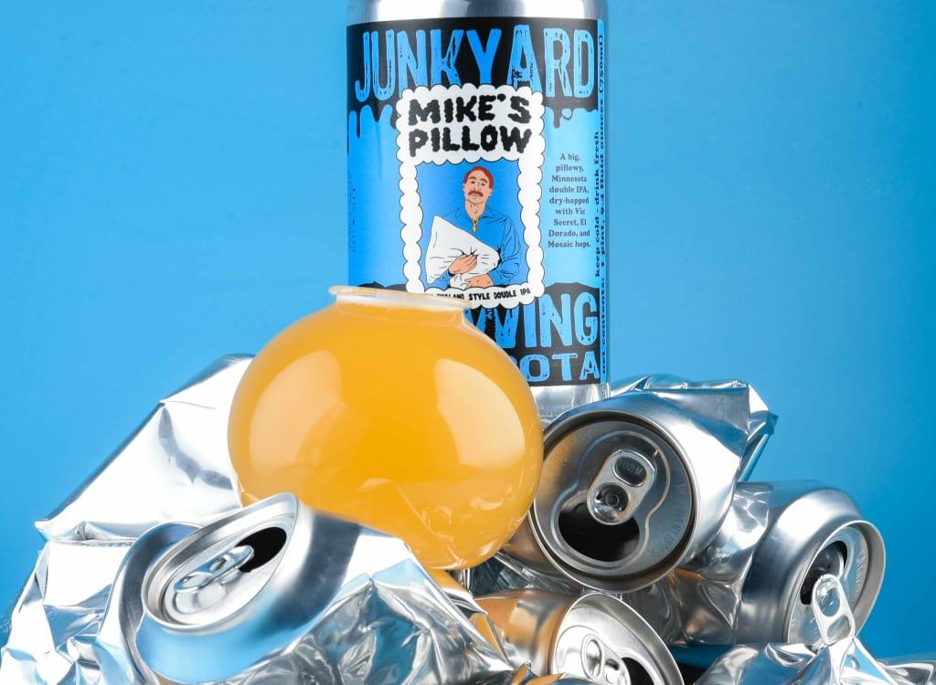 junkyardBrewingCompany_mike'sPillow