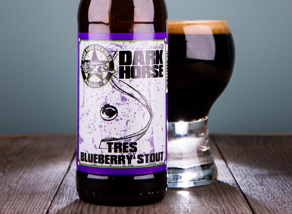 darkHorseBrewingCompany_tresBlueberryStout