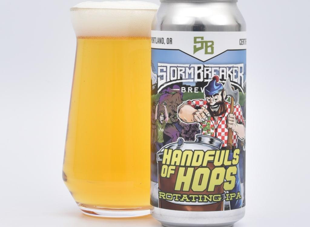 stormBreakerBrewing_handfulofHops