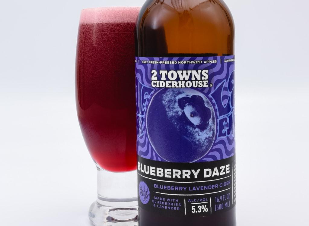 2TownsCiderhouse_blueberryDaze