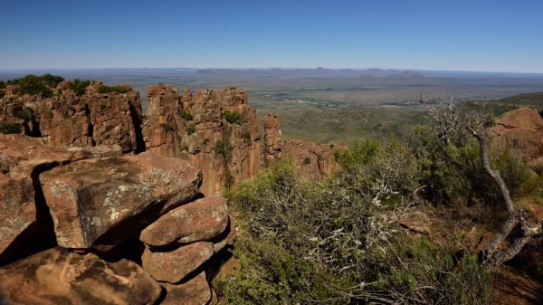 Valley of desolation graaff reinet eastern cape south africa 20484626866 o grknkc