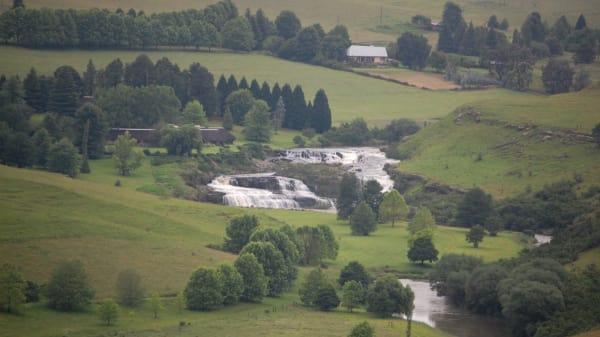 Mooi river falls ypp2zh