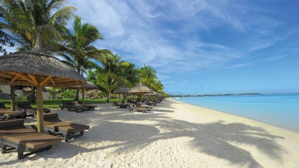 White sandy beach jfsxnw