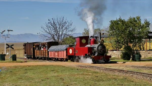 Steam train at sandstone estate ficksburg qds2wt
