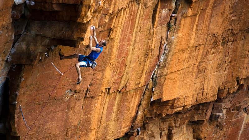 Rock climbing yosv3o