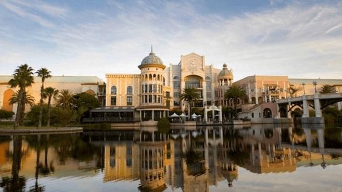 Canal walk shopping centre wlywnd