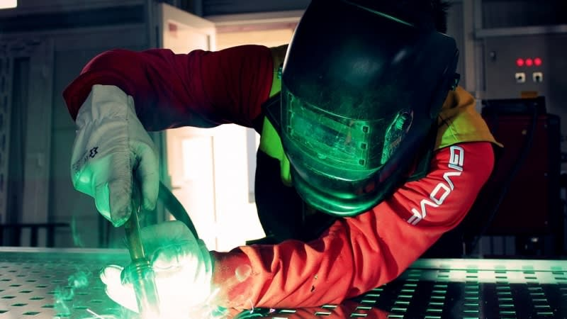 Aluminum Joining Methods: Welding vs. Adhesives