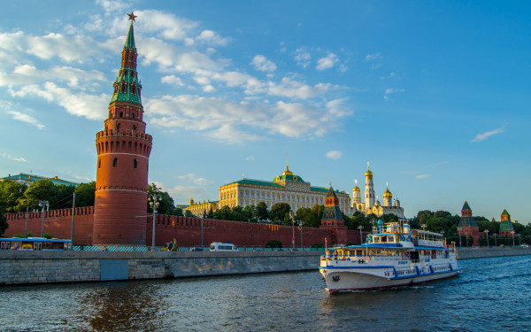 Теплоходная прогулка по Москве-реке + обзорная экскурсия