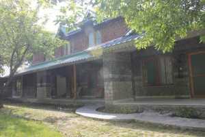 Colonel's Resort