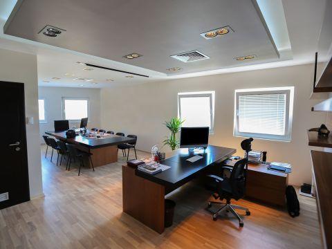 OFFICES & STORES  Allegra Designs