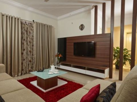 LIVING ROOM  Alur Home