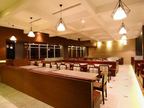 HOTELS  Delta Projects