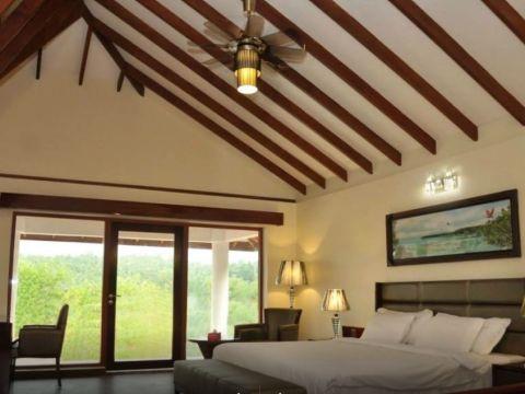 BEDROOM  Dutta And Kannan Architects