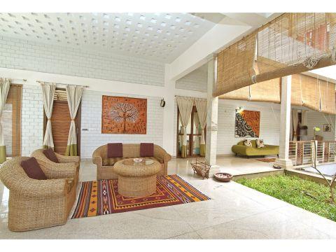 LIVING ROOM  Manasaram Architects