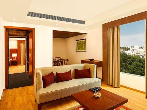 LIVING ROOM  Siraj and Renu Interiors