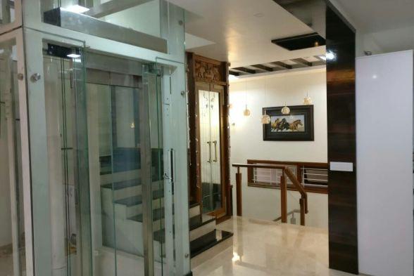 Corridor & Hallway Bird Nest Interiors
