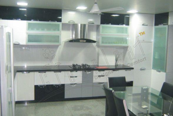 Kitchen Greenleaf Interiors Pvt Ltd