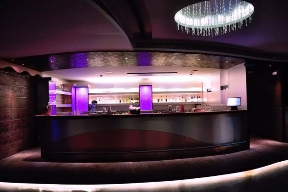 Bars & Clubs In Art Creations