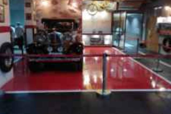 Exhibition centres Jo Interiors & Deco