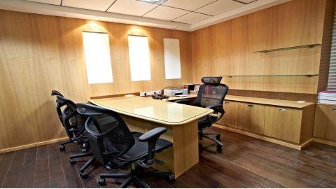 Pesha Interiors  - Interior designer