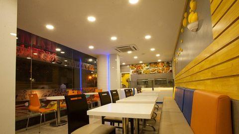 Saran Associates  - Interior designer