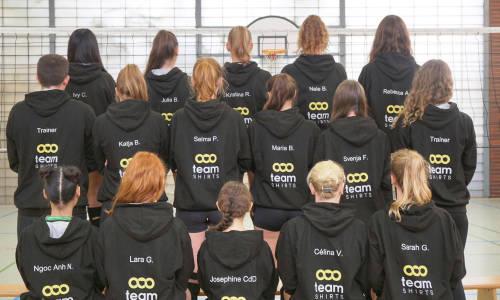 Mädels und Trainer der Damen3 der SpVgg Greuther Fürth Volleyball