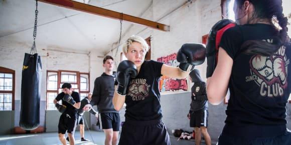 Designa träningskläder till kampsport
