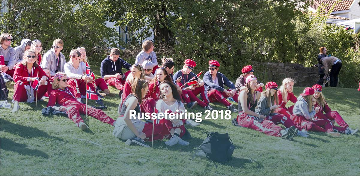 russeklær med russelogo