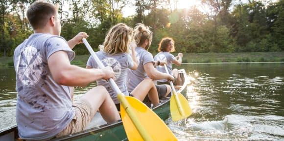 Designa sporttröjor till vattensport