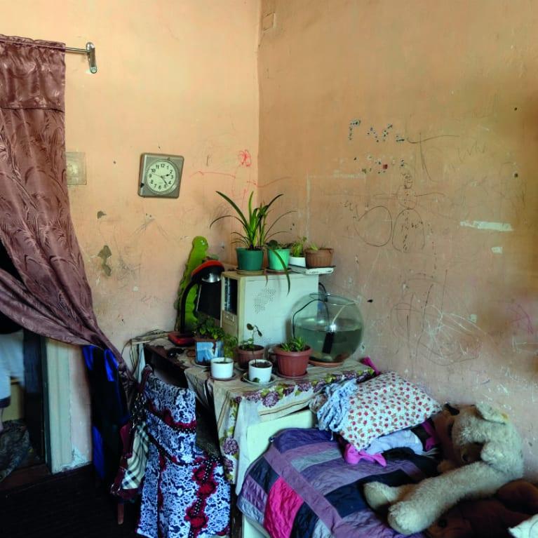 De nombreuses familles des États d'Asie centrale vivent dans des conditions très rudimentaires.  Photo : Alice Keen/Tearfund