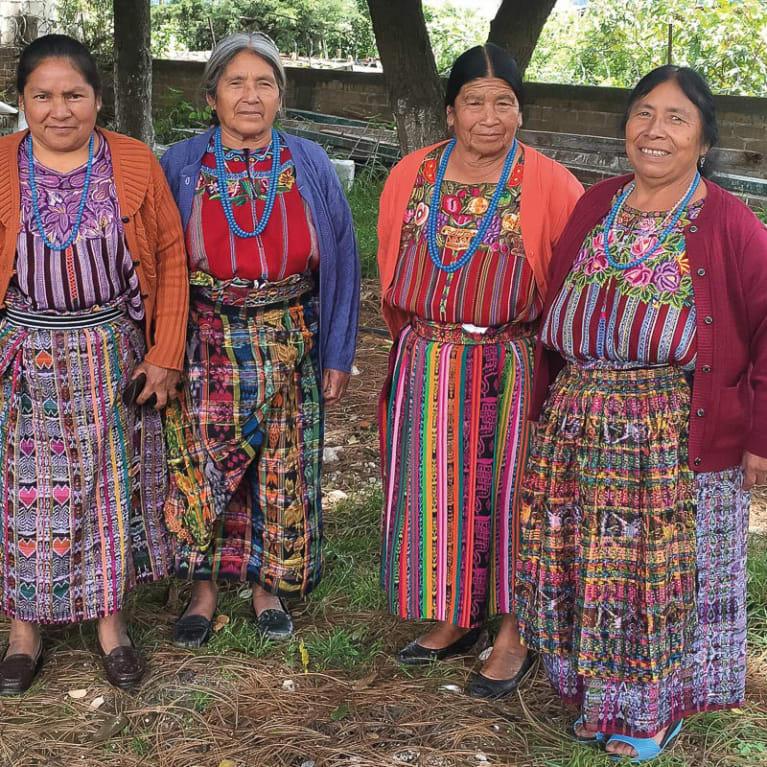 Membres du Conseil des accoucheuses traditionnelles. Photo : Loida Carriel Espinoza/Tearfund