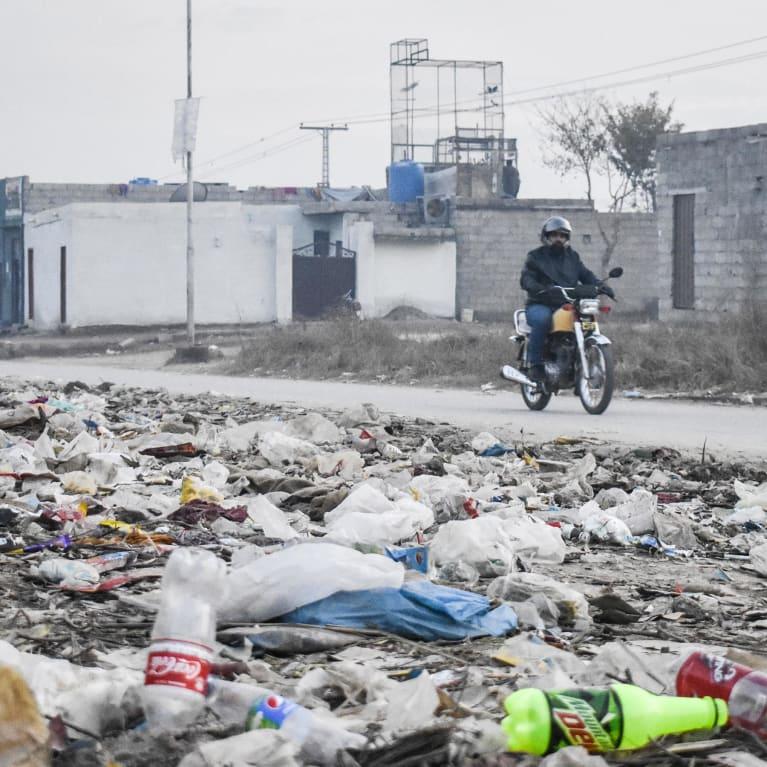 Las comunidades pueden movilizarse para abordar la gestión de los desechos y otros problemas locales. Foto:Salman Khokhar/Pak Mission Society