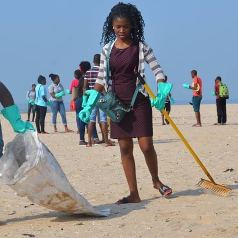 Maputo beach waste clean up