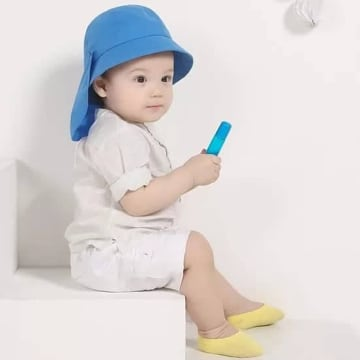 Baby Hat အ၀ုိင္း (pineapple)