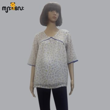 ( Small Size ) Chiffon White Flower Printed 3/4 Sleeves Design Blouse