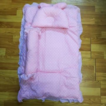 """အိပ်ယာခင်းအစုံလိုက် (24""""x31"""")"""